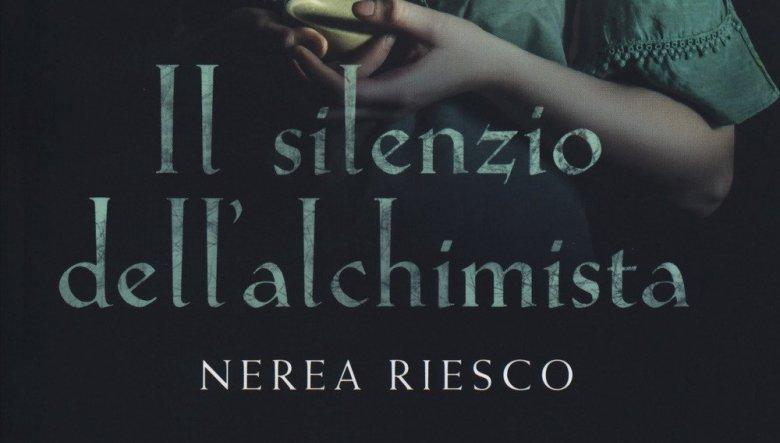 Il silenzio dell'alchimista di Nerea Riesco